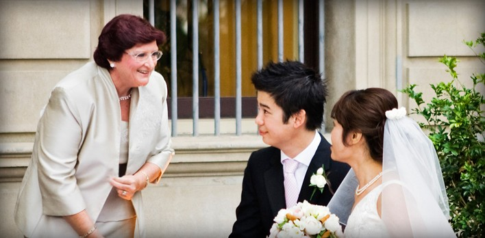 Brisbane Marriage Celebrant - Eileen Riley